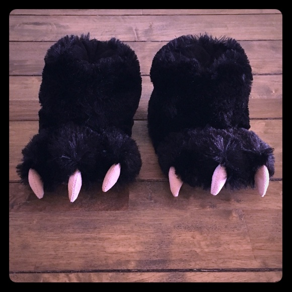eae13e637946 Lazy One Other - 🐻 NWOT Lazy One Kids Black Bear Paw Slippers 🐻